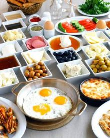 kahvaltı yapmak